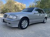 Mercedes-Benz C 240 1998 года за 3 999 999 тг. в Жанаозен