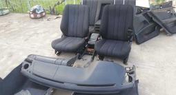 Салон мерс 210 панель сиденья обшивка за 80 000 тг. в Шымкент