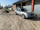 Mercedes-Benz E 230 1992 года за 2 050 000 тг. в Алматы
