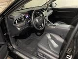 Toyota Camry 2019 года за 14 300 000 тг. в Караганда