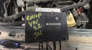 Блок ABS на Volkswagen Touareg за 44 044 тг. в Алматы