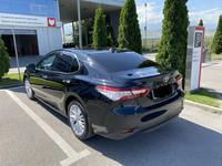 Toyota Camry 2020 года за 13 500 000 тг. в Алматы