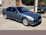 BMW 323 1994 года за 2 600 000 тг. в Семей