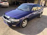 Opel Vectra 1997 года за 1 890 000 тг. в Караганда
