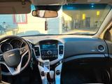 Chevrolet Cruze 2012 года за 3 000 000 тг. в Атырау – фото 3