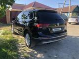 Volkswagen Tiguan 2018 года за 13 500 000 тг. в Костанай – фото 5