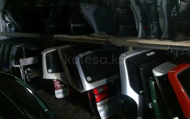 Крышка багажника за 777 тг. в Караганда