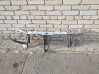 Рамка радиатора телевизор на Ауди б4 за 6 500 тг. в Костанай