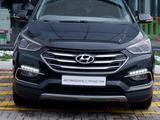 Hyundai Santa Fe 2016 года за 11 290 000 тг. в Караганда – фото 2