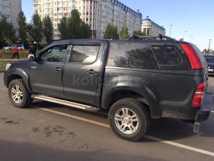 Toyota Hilux 2014 года за 9 900 000 тг. в Нур-Султан (Астана) – фото 4