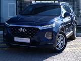 Hyundai Santa Fe 2019 года за 16 210 000 тг. в Караганда