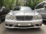 Mercedes-Benz C 32 AMG 2001 года за 4 000 000 тг. в Алматы – фото 2