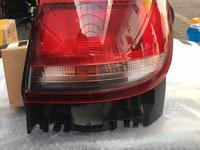 Задний правый фонарь на Toyota CarinaE хэтчбек за 10 000 тг. в Алматы