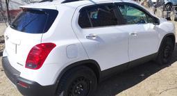 Chevrolet Tracker 2015 года за 5 500 000 тг. в Атырау – фото 5