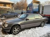 Mercedes-Benz E 280 1993 года за 1 700 000 тг. в Алматы – фото 2