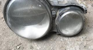 Фары от Mersedes bens e — class 210 за 25 000 тг. в Алматы