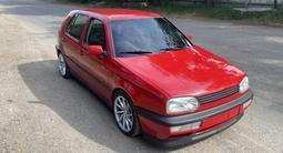 Volkswagen Golf 1992 года за 1 600 000 тг. в Алматы – фото 2