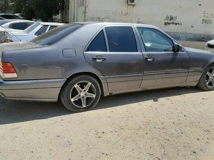 Mercedes-Benz E 280 1995 года за 2 200 000 тг. в Актау – фото 2