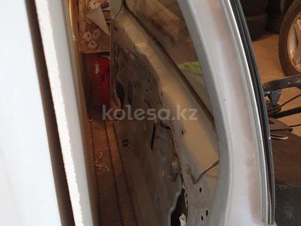 Дверь багажника за 100 000 тг. в Алматы – фото 2