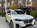 BMW X7 2021 года за 55 250 000 тг. в Бишкек