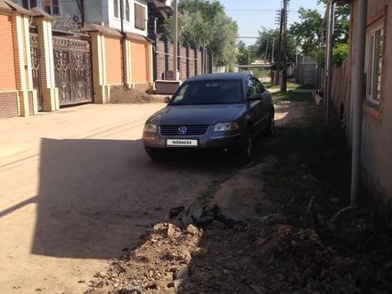 Volkswagen Passat 2004 года за 2 500 000 тг. в Алматы – фото 14