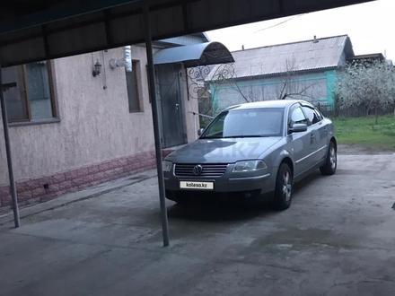 Volkswagen Passat 2004 года за 2 500 000 тг. в Алматы – фото 17