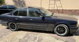 BMW 530 1995 года за 2 000 000 тг. в Шымкент – фото 2