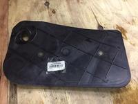 Защита замка двери на Audi q7.69726-00050 за 111 тг. в Алматы