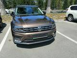 Volkswagen Tiguan 2017 года за 11 200 000 тг. в Алматы