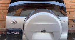 Дверь багажника Toyota Prado 150 за 450 000 тг. в Алматы – фото 2