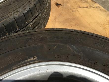 Резина с дисками Toyota 205/65/15 (лето) за 90 000 тг. в Алматы – фото 3