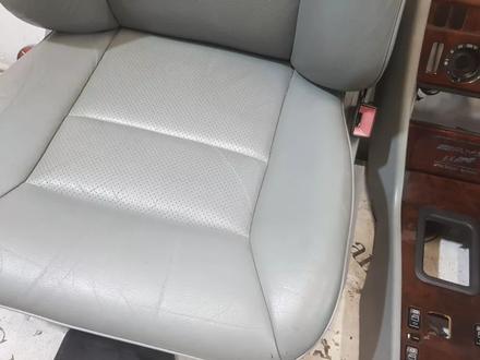 Салон в сборе на Mercedes-Benz w124 E за 839 101 тг. в Владивосток – фото 15