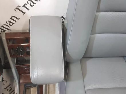 Салон в сборе на Mercedes-Benz w124 E за 839 101 тг. в Владивосток – фото 23