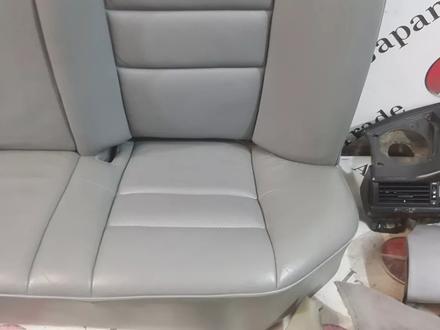 Салон в сборе на Mercedes-Benz w124 E за 839 101 тг. в Владивосток – фото 5