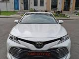 Toyota Camry 2020 года за 13 100 000 тг. в Нур-Султан (Астана)