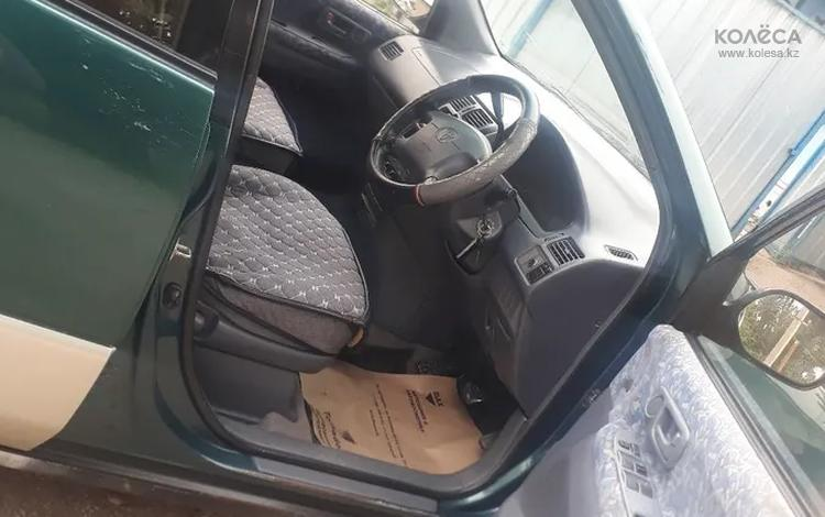 Toyota Ipsum 1996 года за 2 800 000 тг. в Алматы