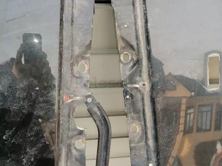 Крылья на мерседес w140 за 25 000 тг. в Алматы – фото 2