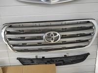 Решетка радиатор бу оригинал Toyota land cruiser 200 2008- за 50 000 тг. в Нур-Султан (Астана)