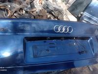 Крышка багажника за 4 000 тг. в Алматы
