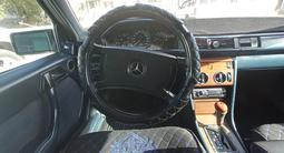 Mercedes-Benz E 300 1989 года за 850 000 тг. в Жезказган – фото 2