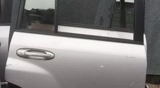 Двери тойота за 2 000 тг. в Актау