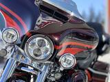 Harley-Davidson  Harley-Davidson CVO Limited (FLHTKSE) 2017 2017 года за 12 400 000 тг. в Новосибирск – фото 2