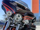 Harley-Davidson  Harley-Davidson CVO Limited (FLHTKSE) 2017 2017 года за 12 400 000 тг. в Новосибирск – фото 5