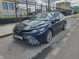 Toyota Camry 2018 года за 13 650 000 тг. в Нур-Султан (Астана)