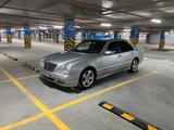 Mercedes-Benz E 320 2000 года за 3 100 000 тг. в Павлодар – фото 4