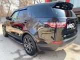 Land Rover Discovery 2019 года за 34 000 000 тг. в Алматы – фото 4