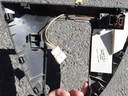 Крышка силектора на BMW x5 за 5 000 тг. в Алматы – фото 2