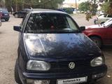 Volkswagen Golf 1994 года за 900 000 тг. в Семей