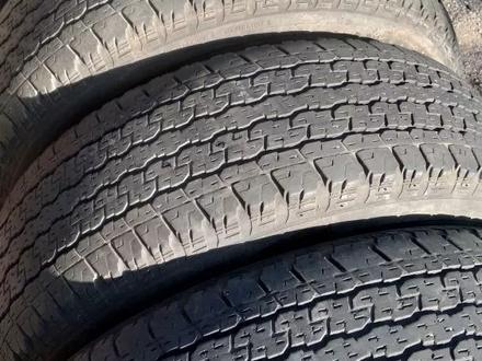 Комплект шин 265/65/17 Bridgestone за 45 000 тг. в Алматы – фото 2