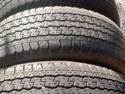 Комплект шин 265/65/17 Bridgestone за 45 000 тг. в Алматы – фото 3